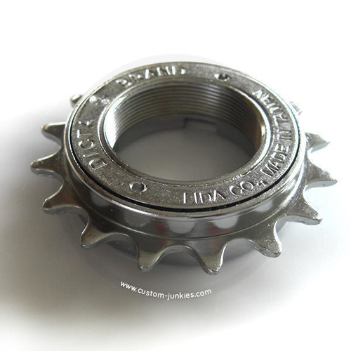 Dicta Chrome Freewheel 3/32 | English thread | 16 - 18T